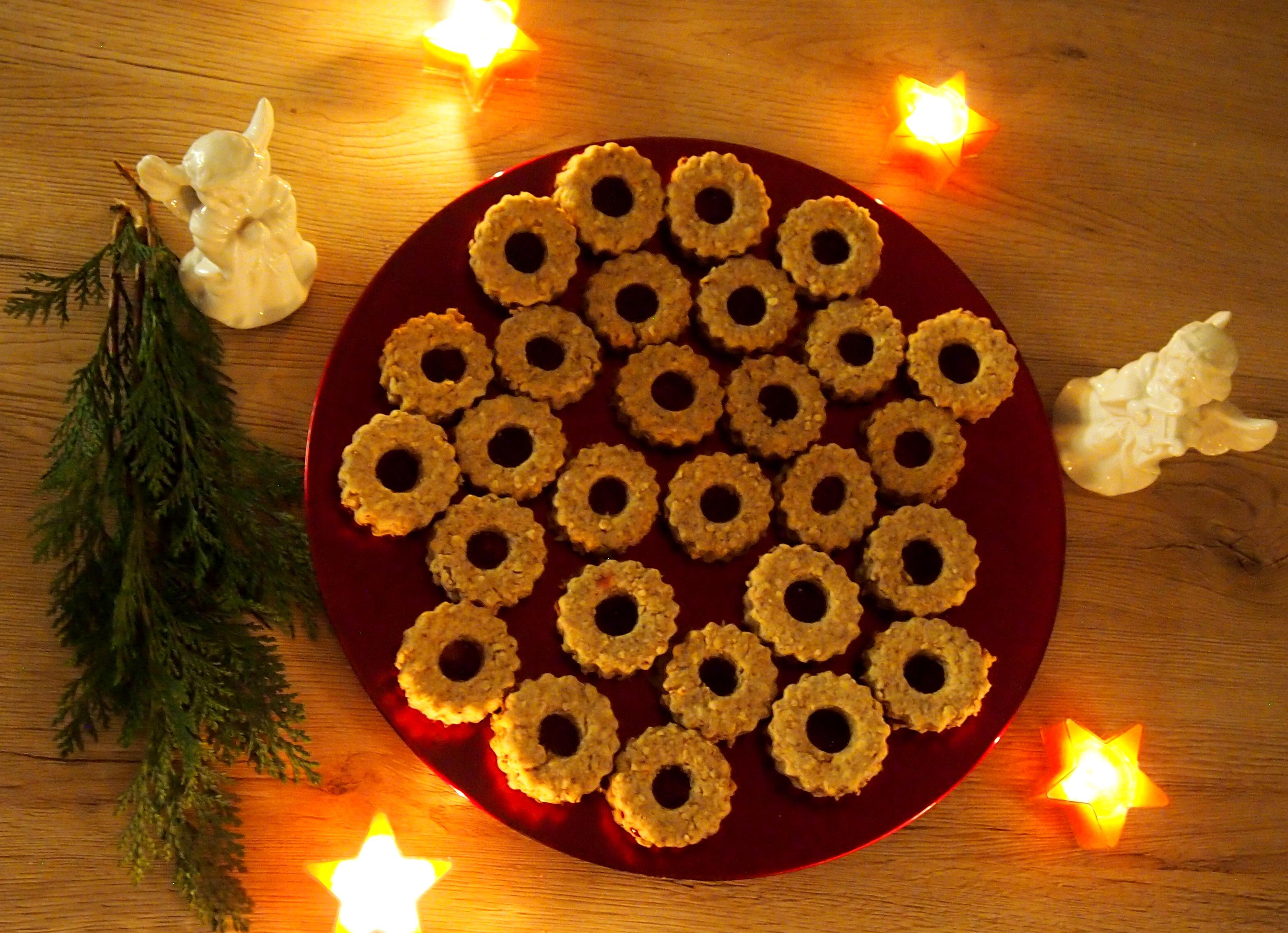 Nussige Hafer Weihnachtskekse
