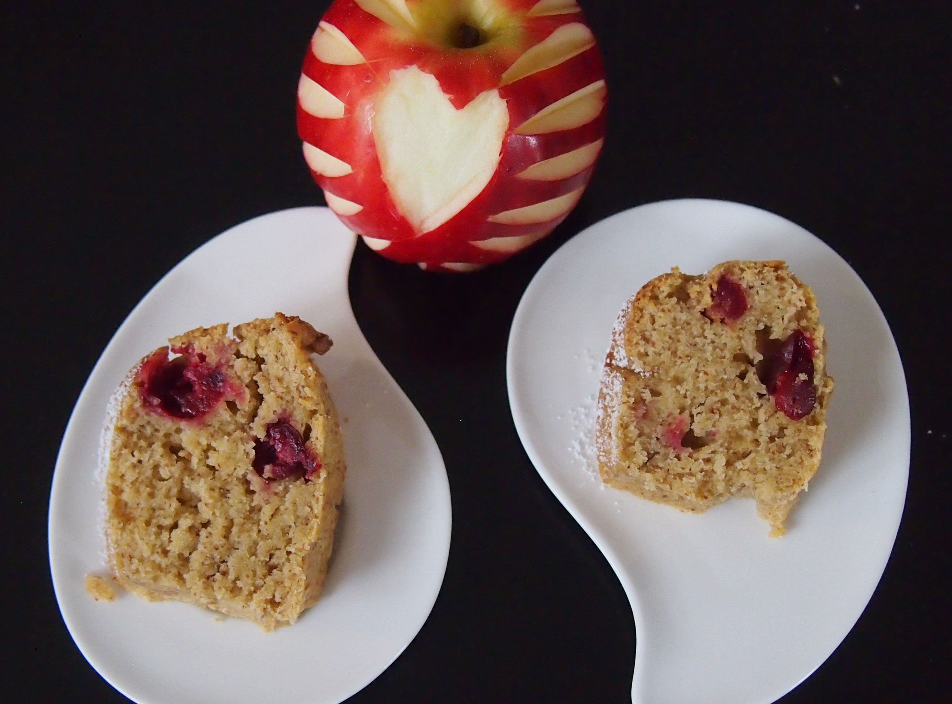 Mandel Cranberry Kuchen