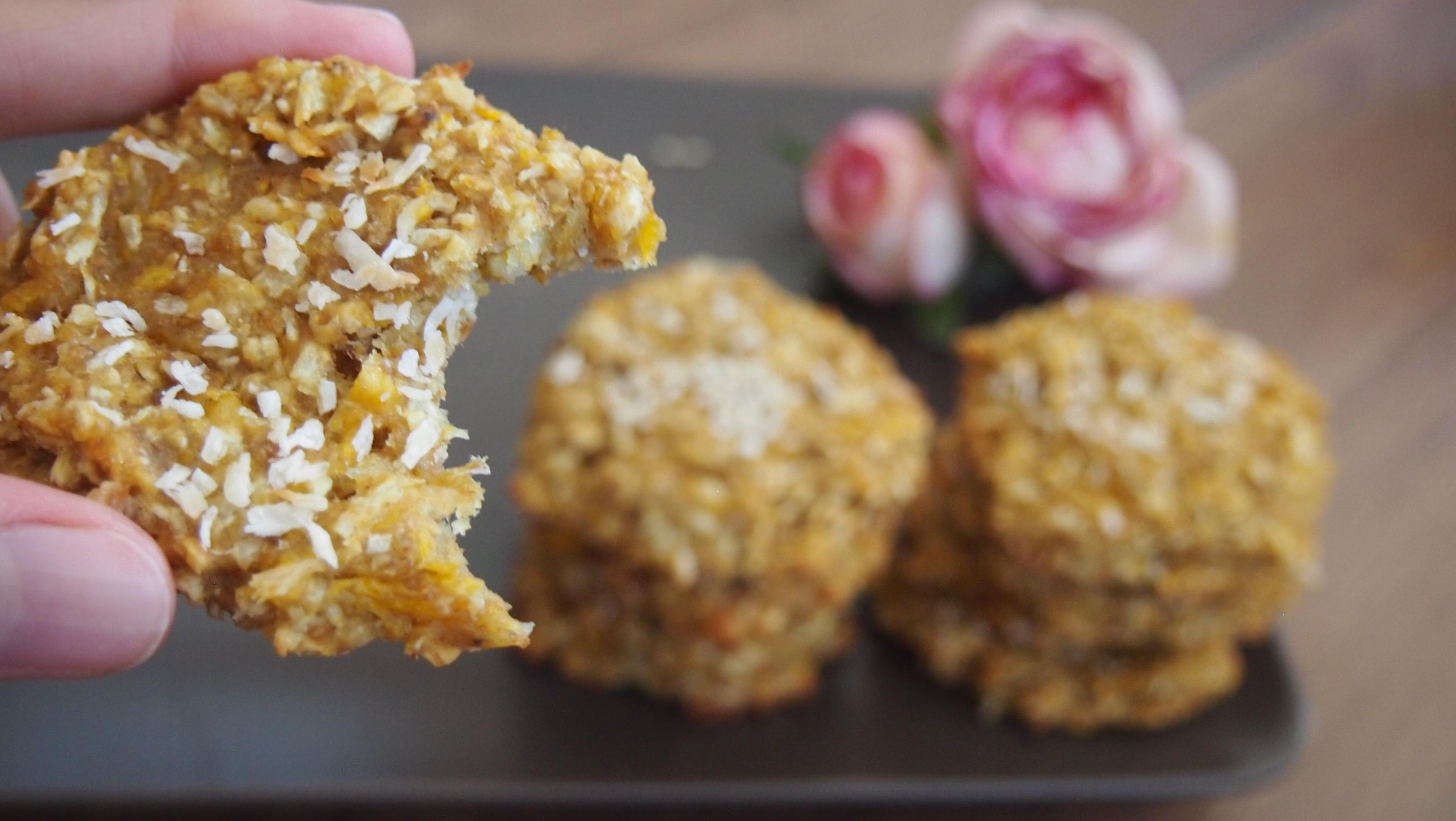 Gesunde vegane Mango Kokos Cookies mit Haferflocken