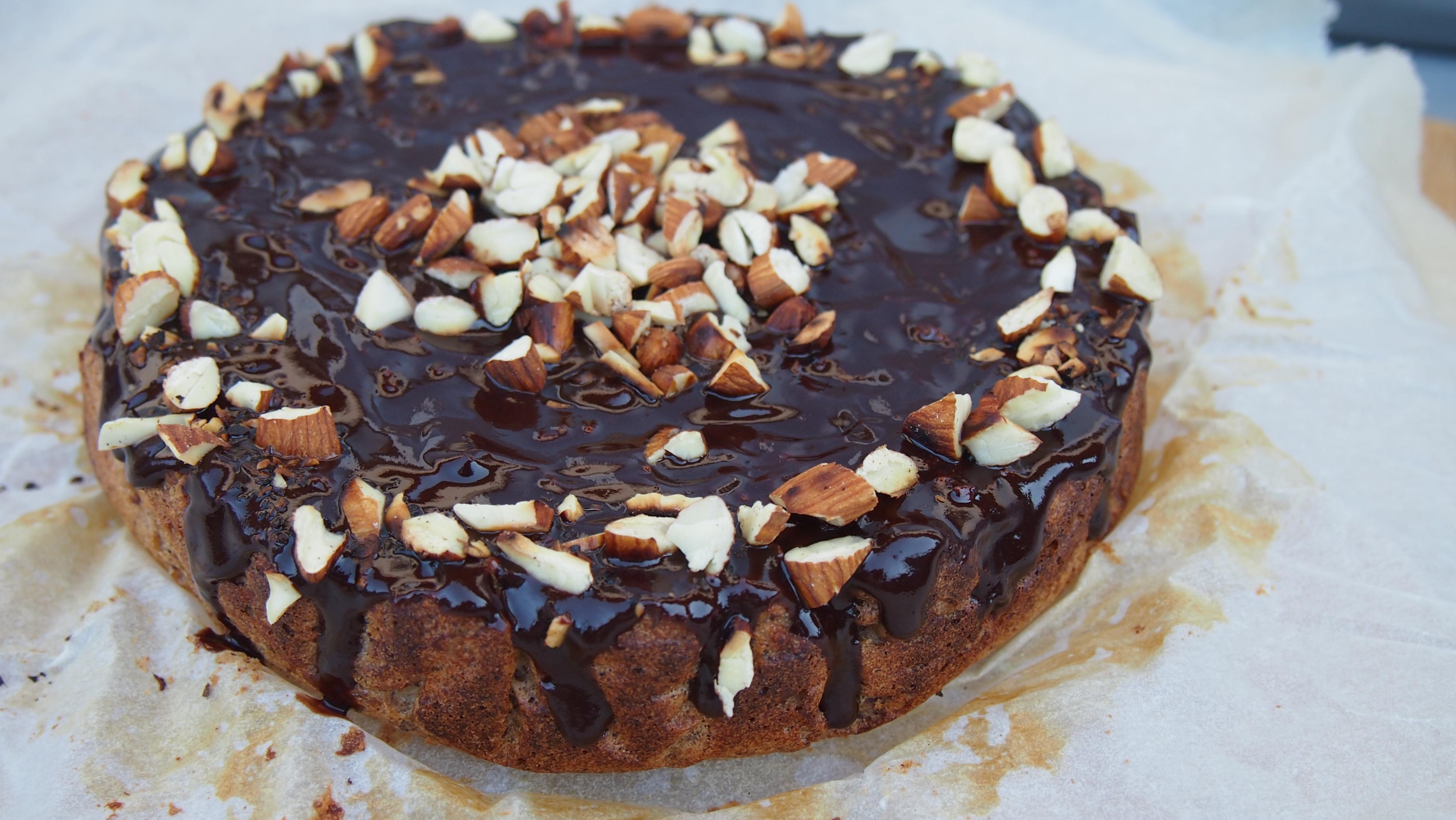 Gesunder Haselnusskuchen ohne Zucker und ohne Mehl