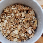Zuckerfreies Peanut Butter Granola (vegan)