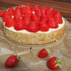 Zuckerfreier Erdbeerkuchen mit Vanillepudding