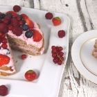 Fruchtige Erdbeertorte ohne Zucker