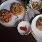 Streuseltaler mit Rhabarber & Pudding (vegan)