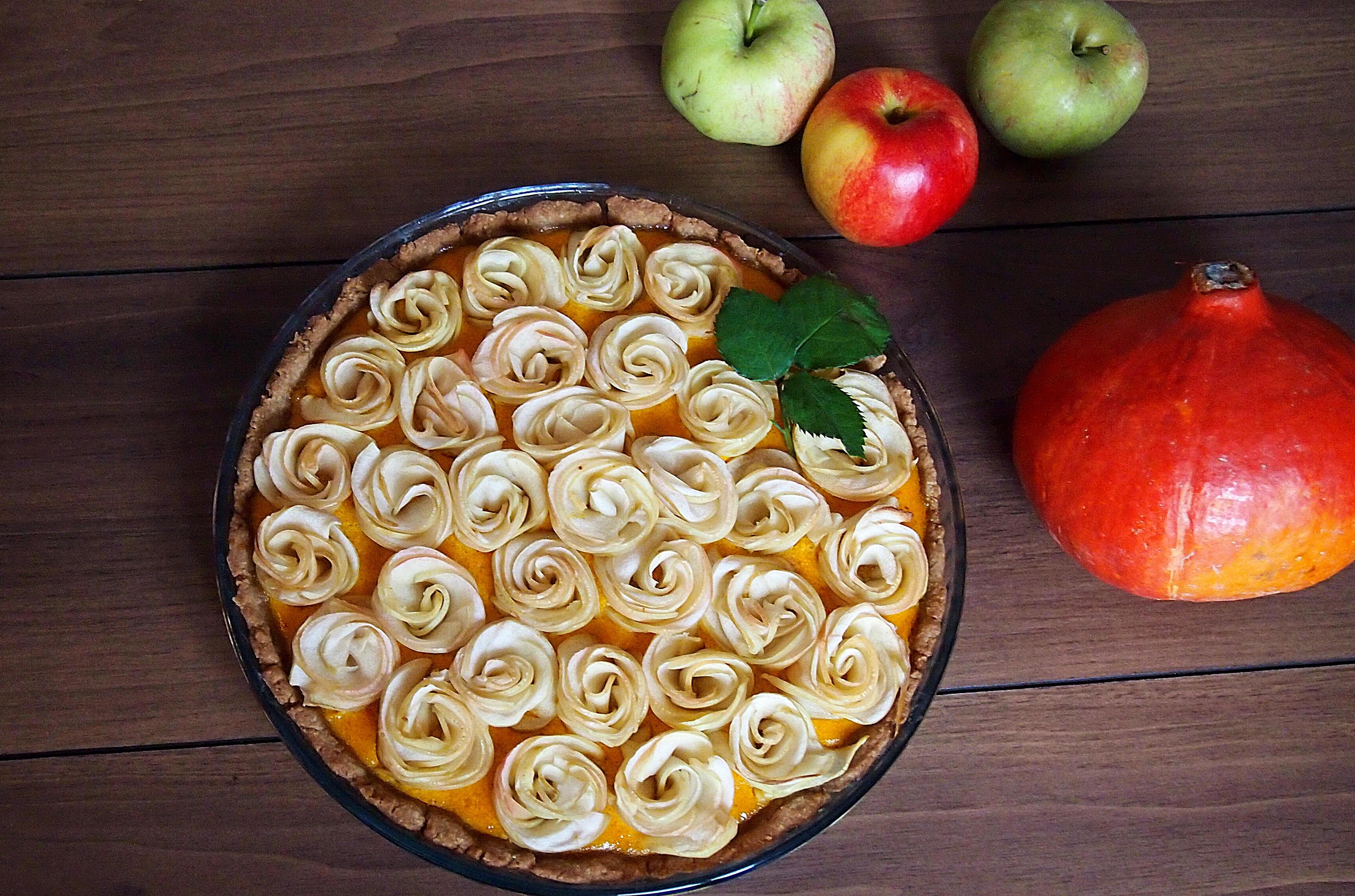 Rosenkuchen mit Kürbispudding