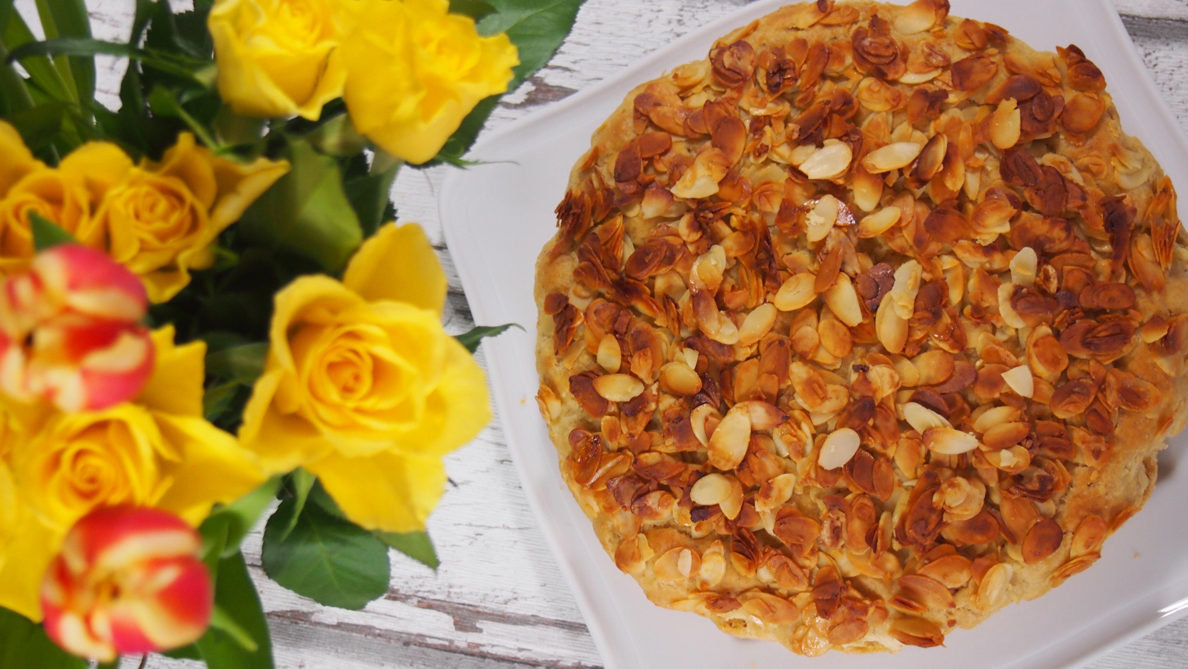 Bienenstich - gesunde Version ohne raffinierten Zucker