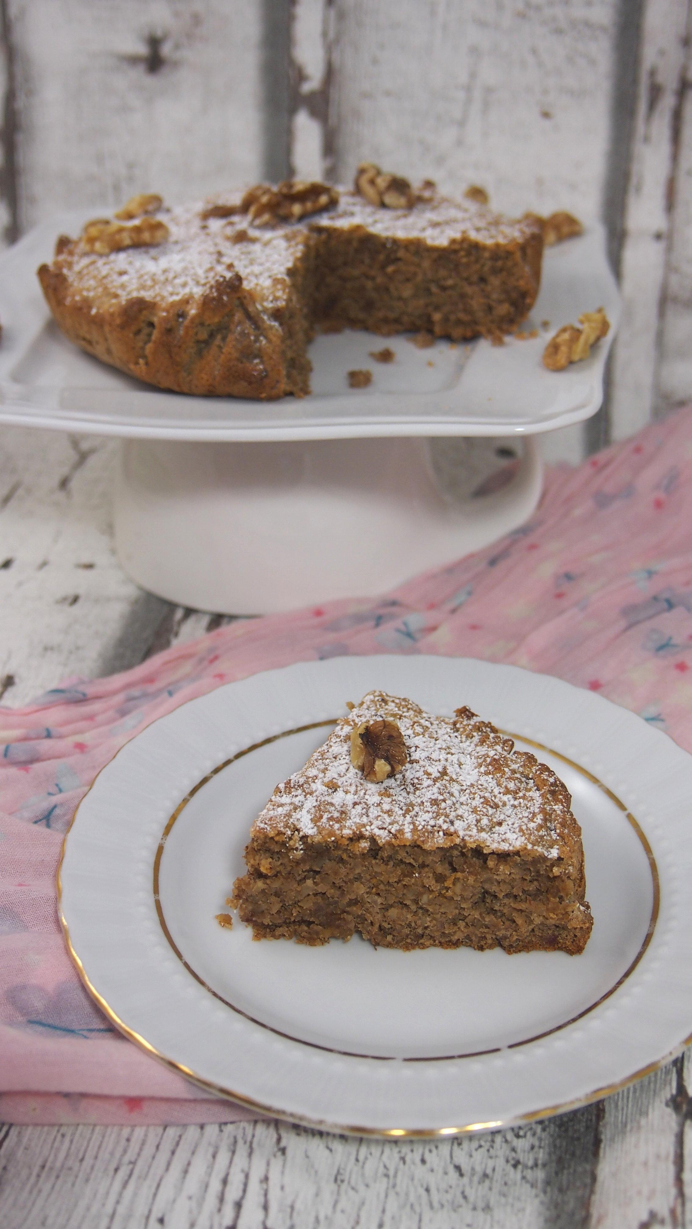 Blitzschneller gesunder Nusskuchen kalabresischer Art ohne raffinierten Zucker aus nur drei Zutaten