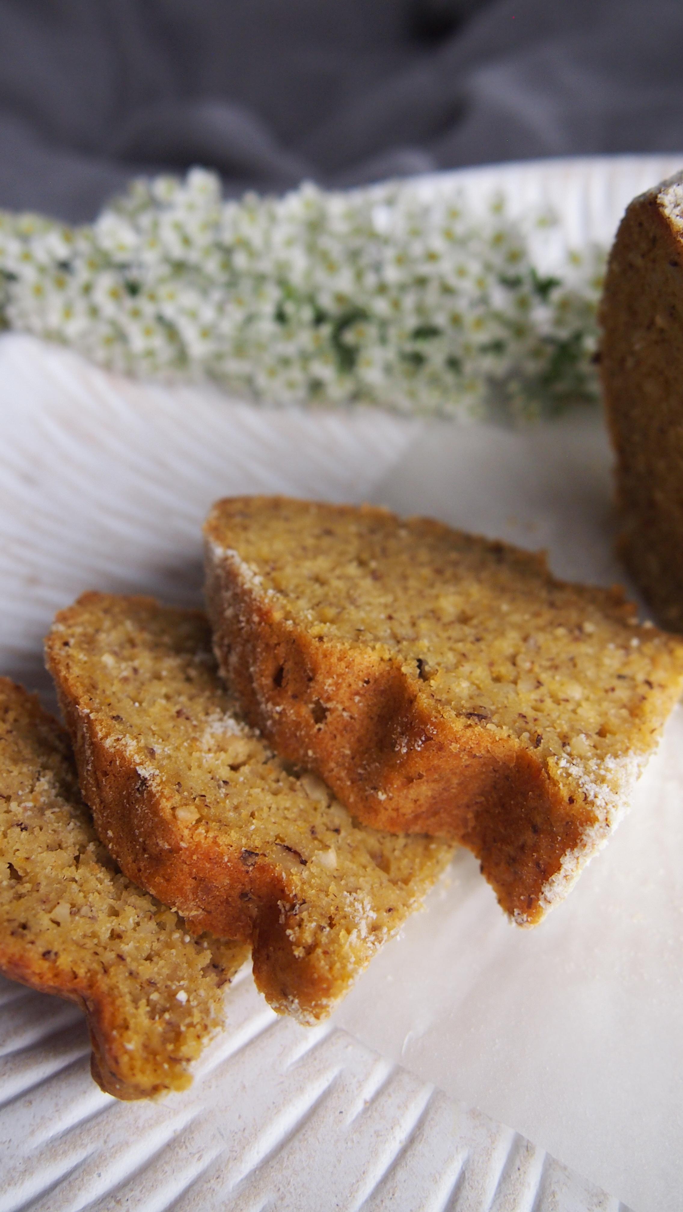 Gesunder Osterhasen Kuchen ohne Zucker