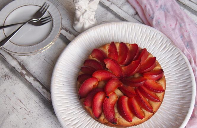 Zuckerfreier Pflaumenkuchen mit Quark-Öl-Teig